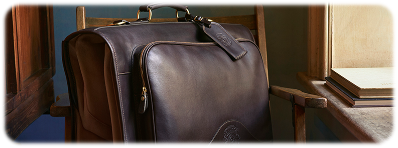Best Carry On Garment Bags Transport Your Neat Suits With Ease